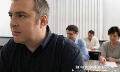 2018年暨南大学在职研究生同等学力申硕报名时间